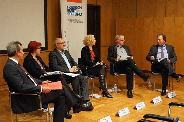 Angela Borgwardt . Moderation Konferenz Hochschulverbünde und Wissenschaftsregionen